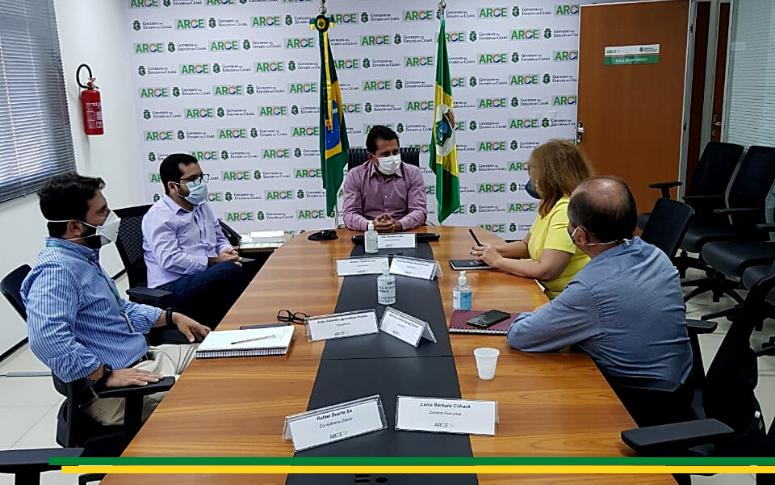 Arce recebe nova presidente da Enel Ceará
